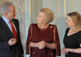 Nederland en Israel: ongezonde vriendschap volgens Trouw