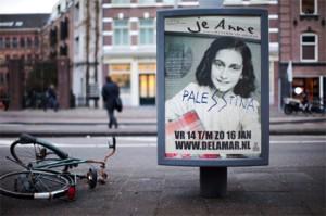 antisemitisme_annefrank_billboard