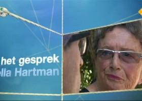 Hella Hartman als Joodse koloniste in Ariel