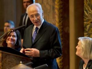 Shimon Peres in Senaat NL