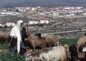 Focus media bij bezoek Kerry op bouwen in nederzettingen