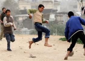 Media gooien weer balletje op over Israelisch hek