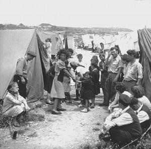 Opvangkamp voor Joodse vluchtelingen (1950, bron Wikipedia)